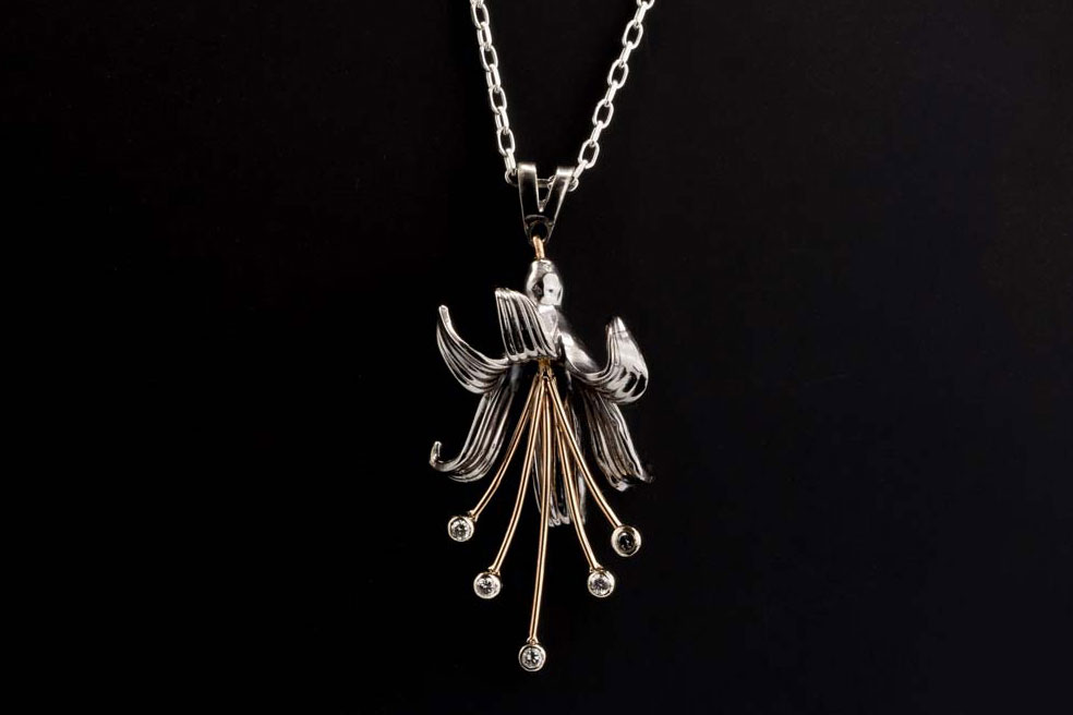 guernsey lily jewellery